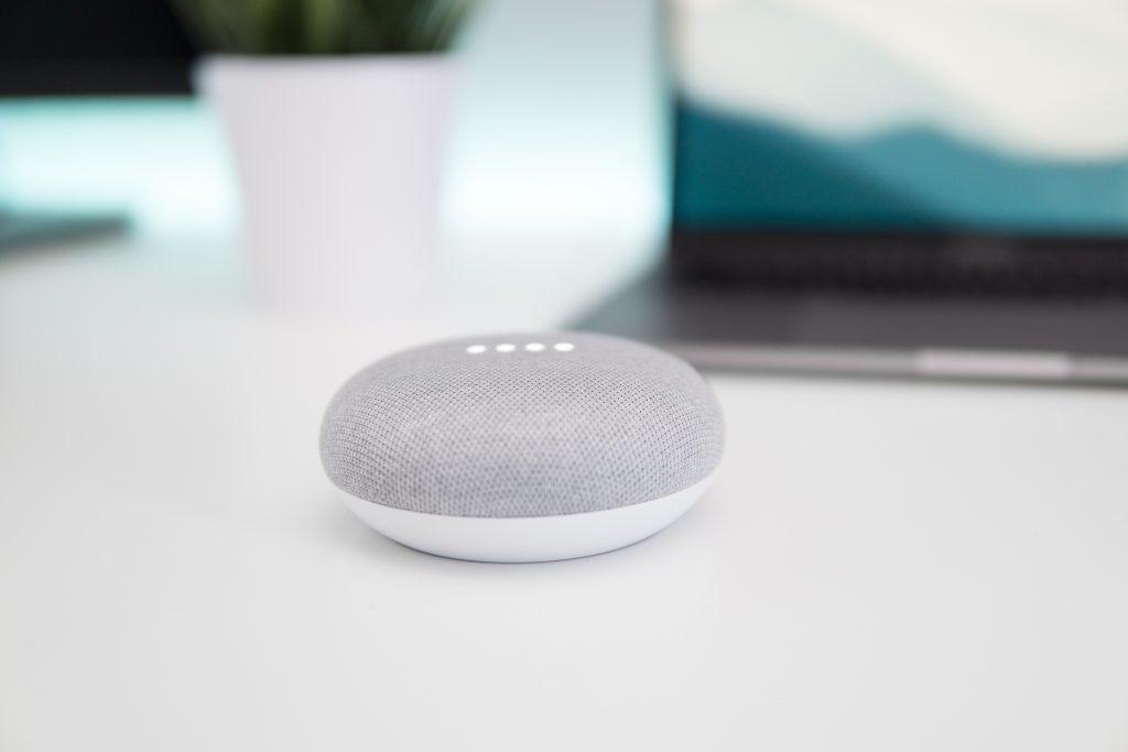 google smart høytaler